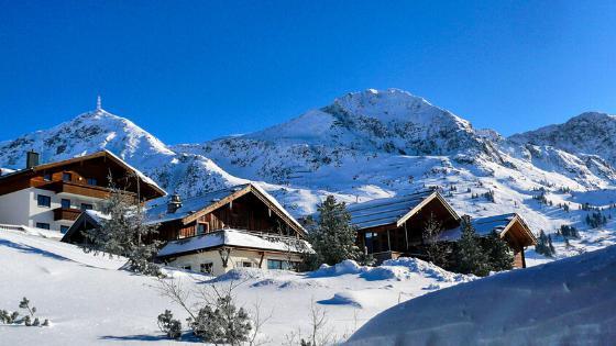 Chalets, Blue Mountain, Collingwood